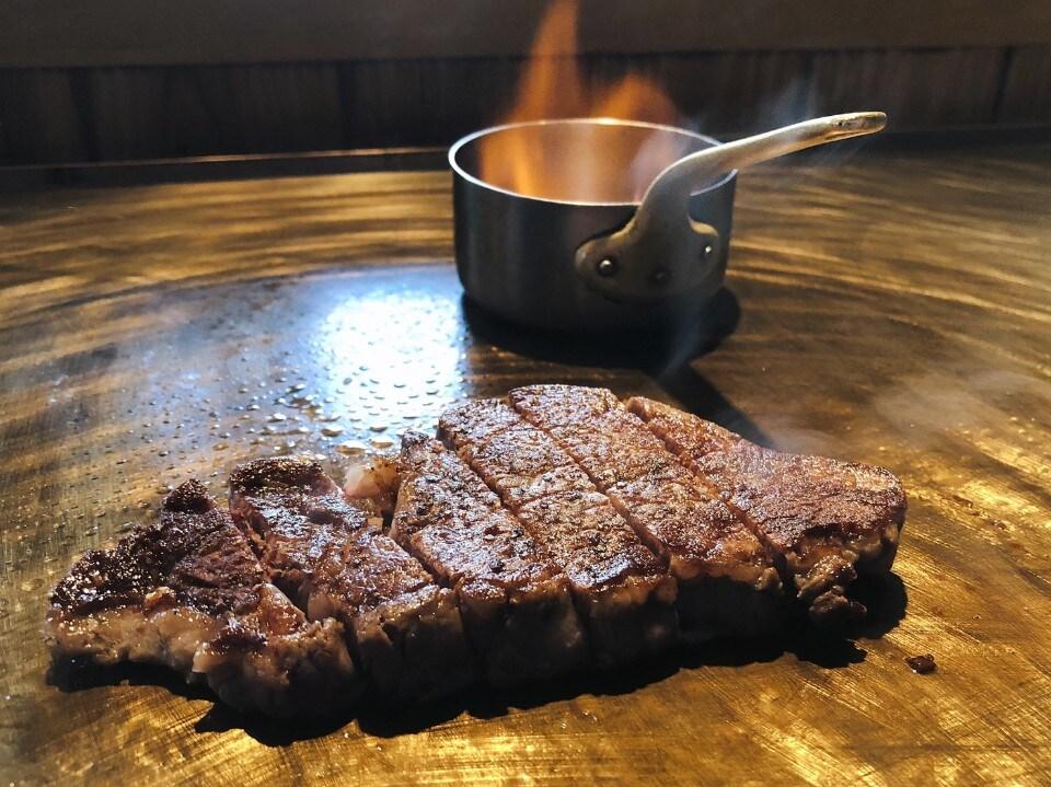 国産黒毛和牛雌牛熟成肉サーロイン