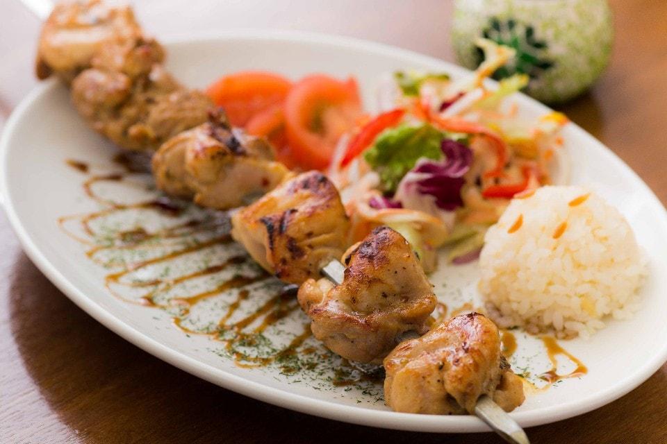 【ライトなご予算でトルコ料理体験】スーパーフード「フムス」も!トルコパンやトルコデザートも!女子会向きの<ライトコース>