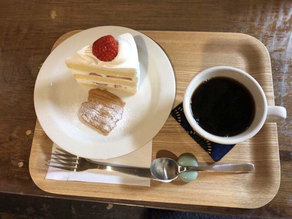 sweets set    ショートケーキとコーヒーのセット