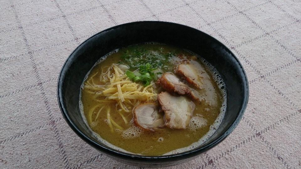 鶏ぷる白湯ラーメン