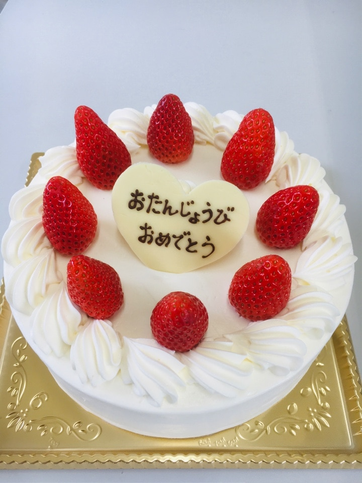 イチゴと生クリームのデコレーションケーキ 5号