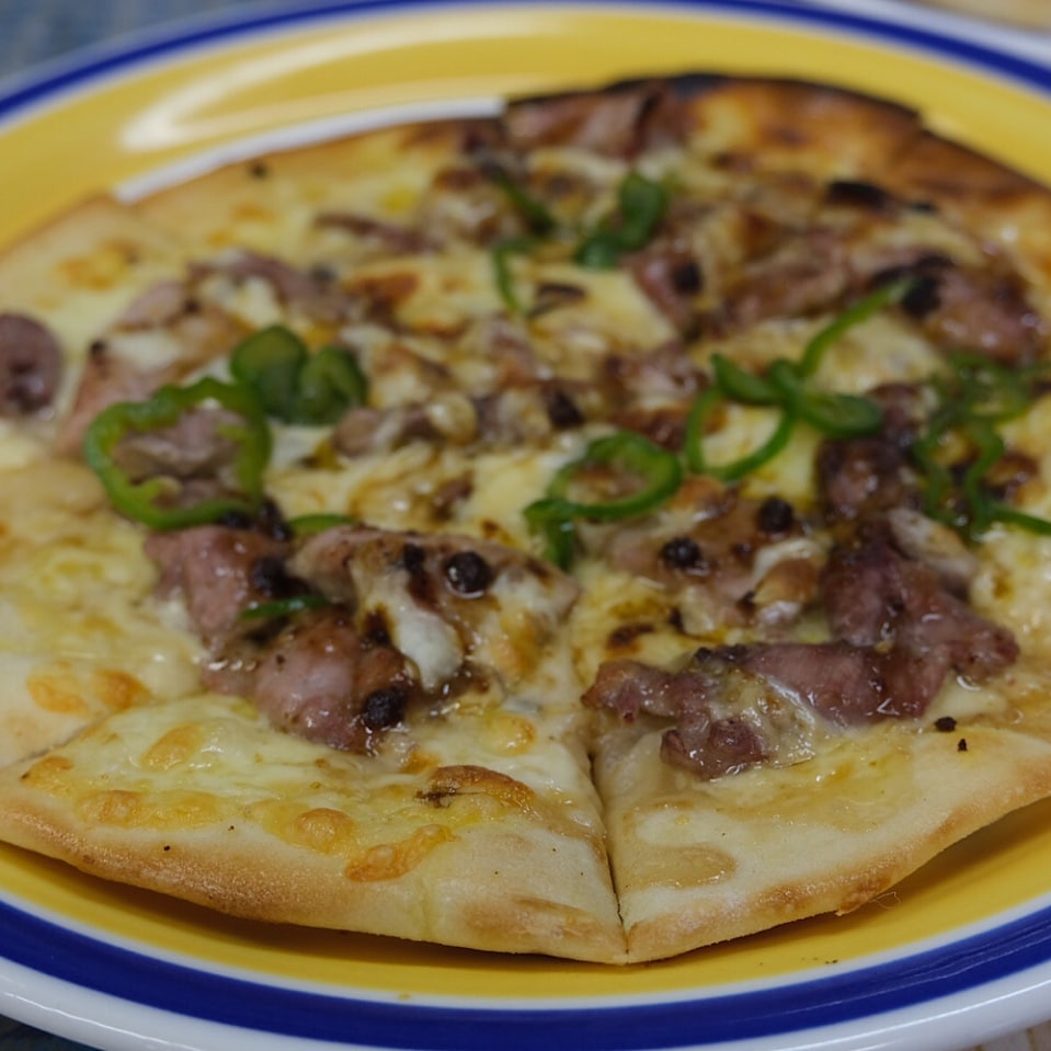 ピザ(サラダ付き)
