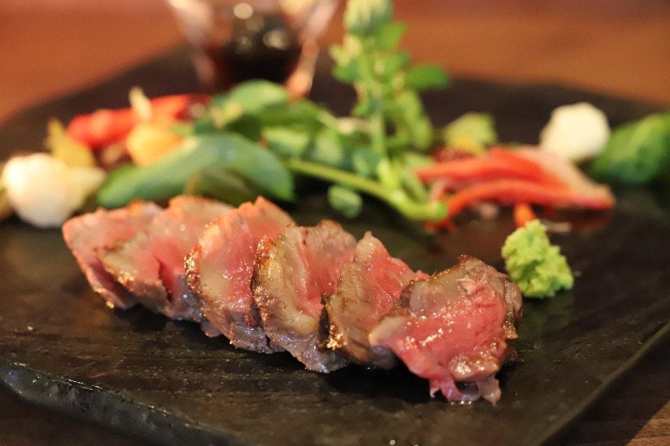 のざき牛炭火焼ステーキ定食