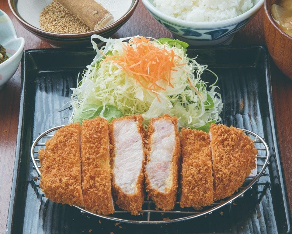 アボカドポークロースかつ膳(中)150g