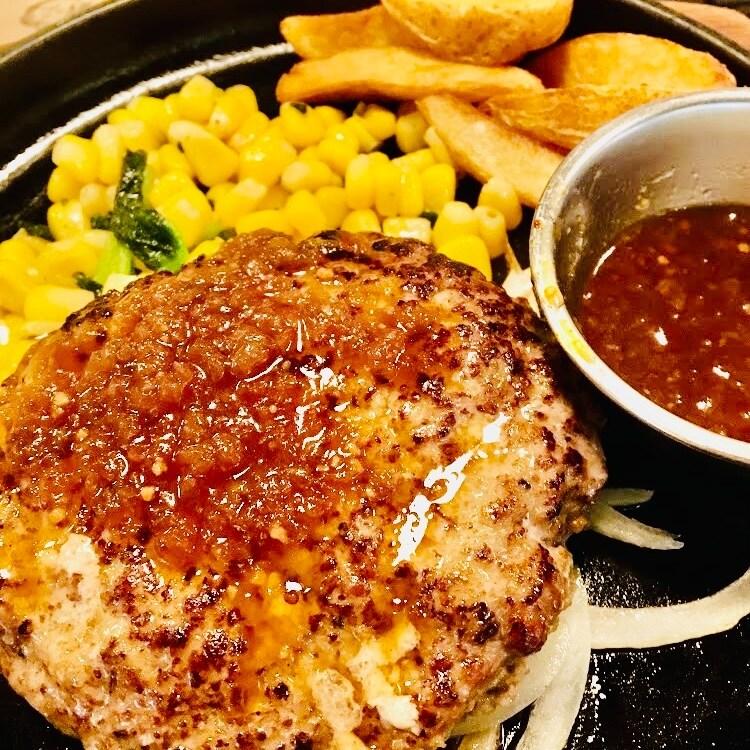 ハンバーグステーキ 180g
