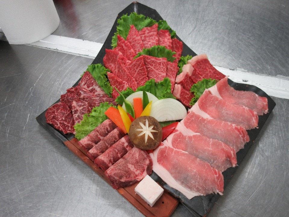 【極上】焼肉盛り合わせ(3〜4人前)600g
