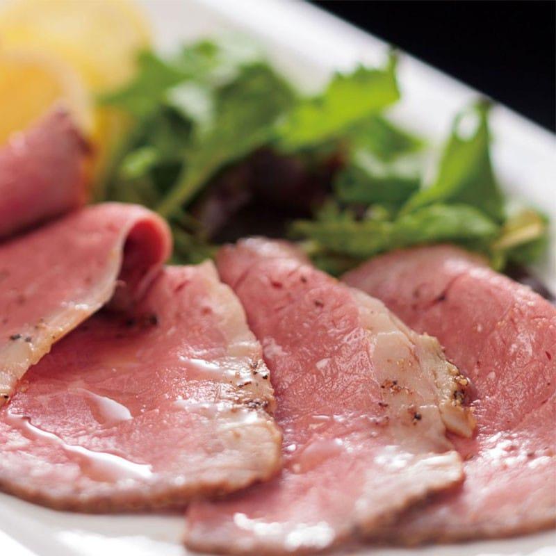 きめ細かい肉質のローストビーフ