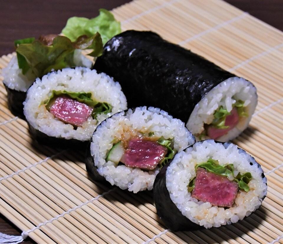 【持ち帰り限定】肉巻き寿司