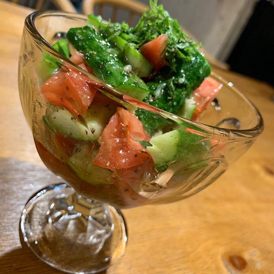 きゅうりとトマトの塩ダレサラダ