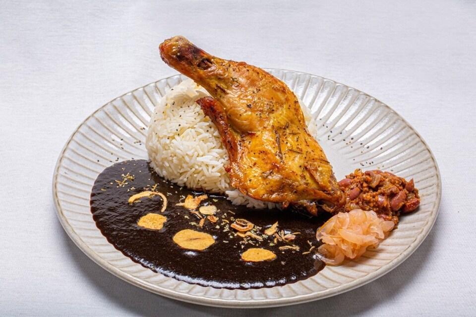チキンコンフィカレー Chichen Confit Curry