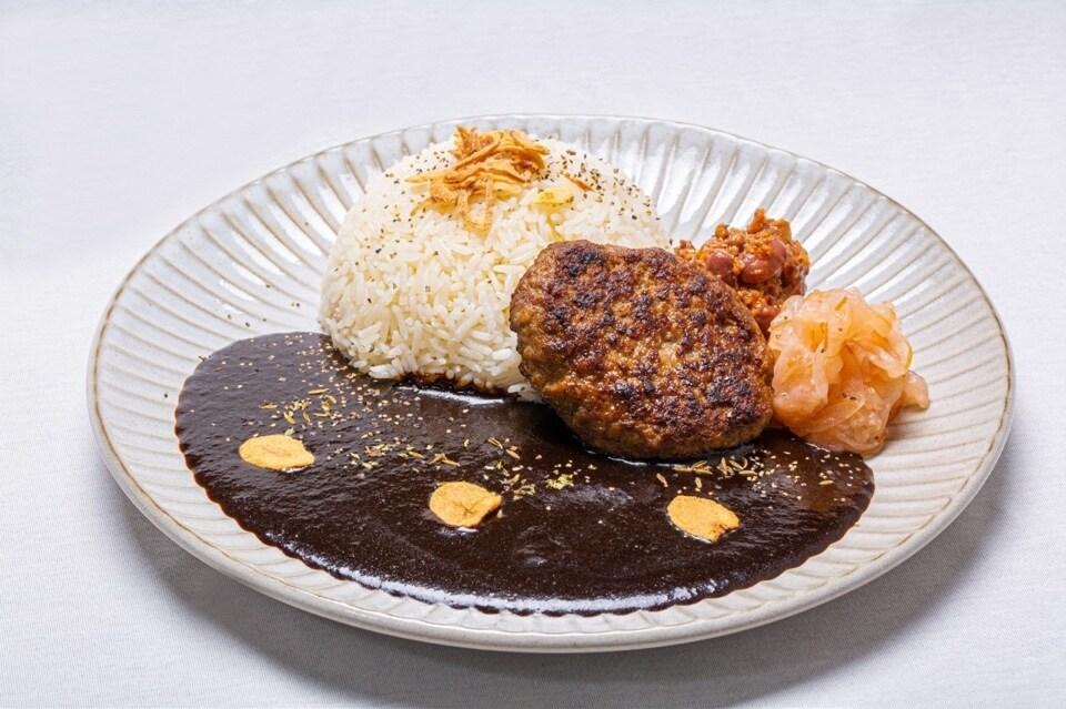本部牛カレー MOTOBU BEEF HAMBERG Curry