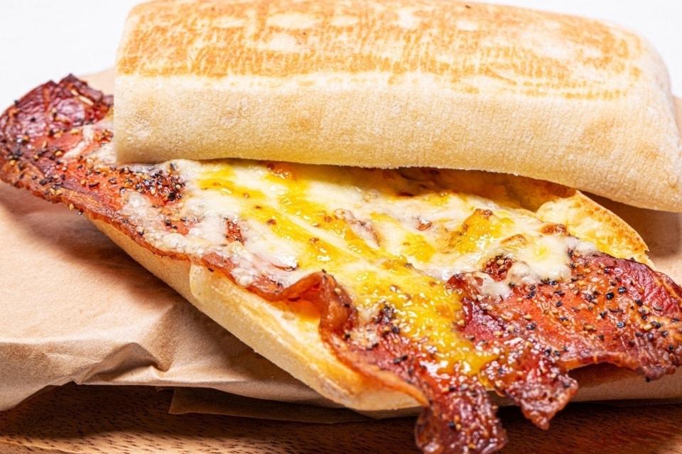 ベーコン&チーズ Bacon&Cheese
