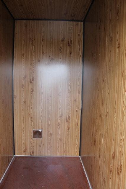 レンタルボックス トランクルーム 貸し倉庫 埼玉県所沢市新開5ドア