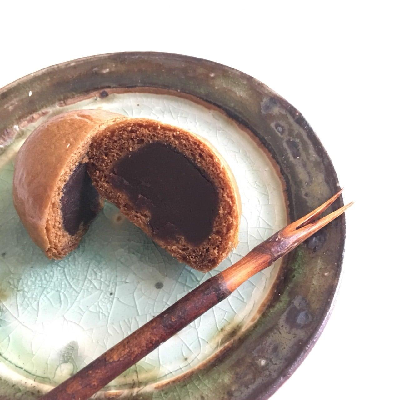 千葉県いすみ市四季の和菓子屋通販高橋製菓 黒糖まんじゅう