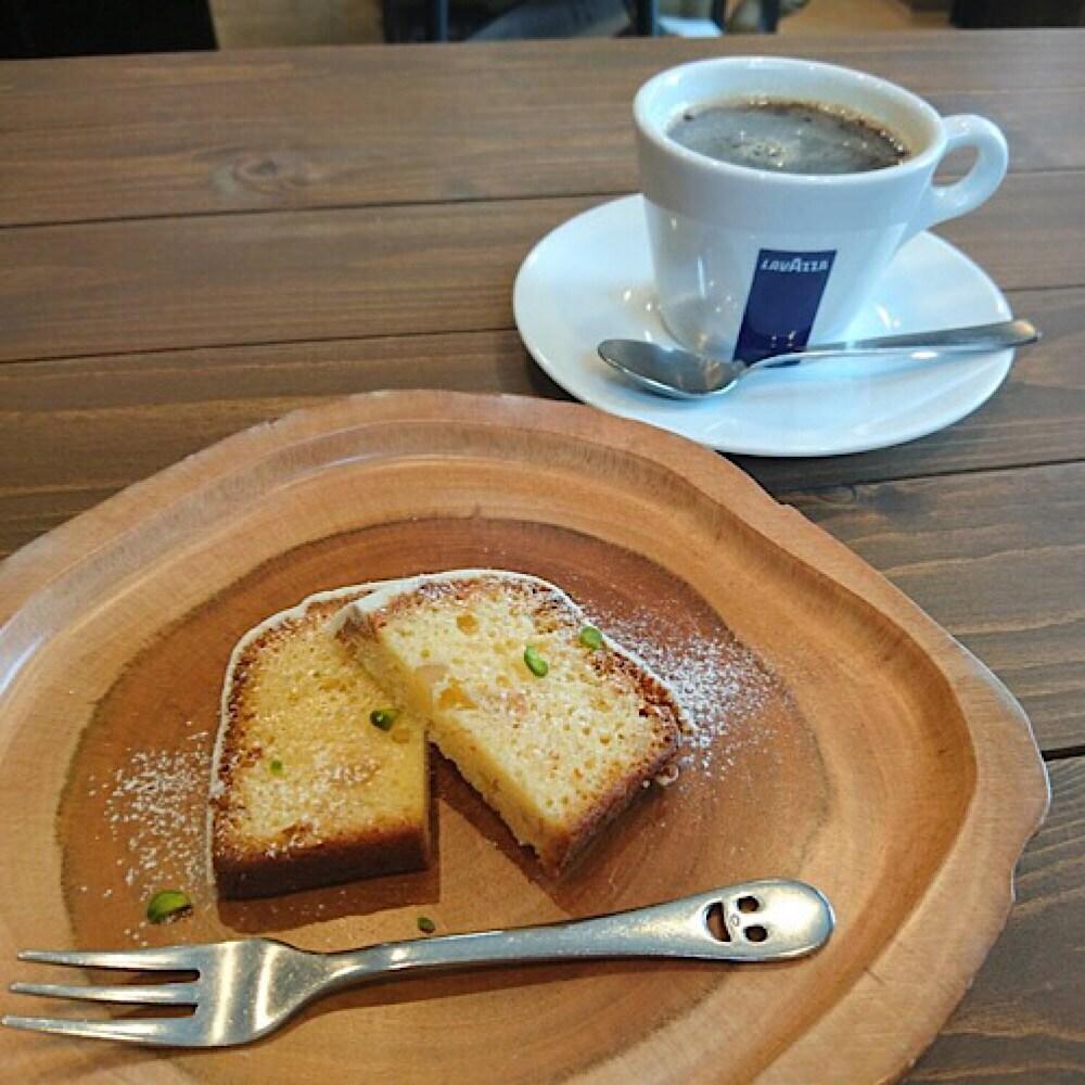 座間市相武台のおいしいコーヒーと米粉のお菓子カフェとスイーツ L'Ours ルウルス イートインケーキ