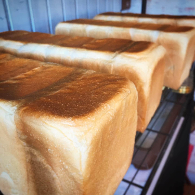 北海道函館 北海道産小麦と天然酵母のパン ぱん屋wakka わっか