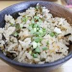宮古島にある鶏出汁宮古そばを味わえるお店中休味商店 ジューシーご飯