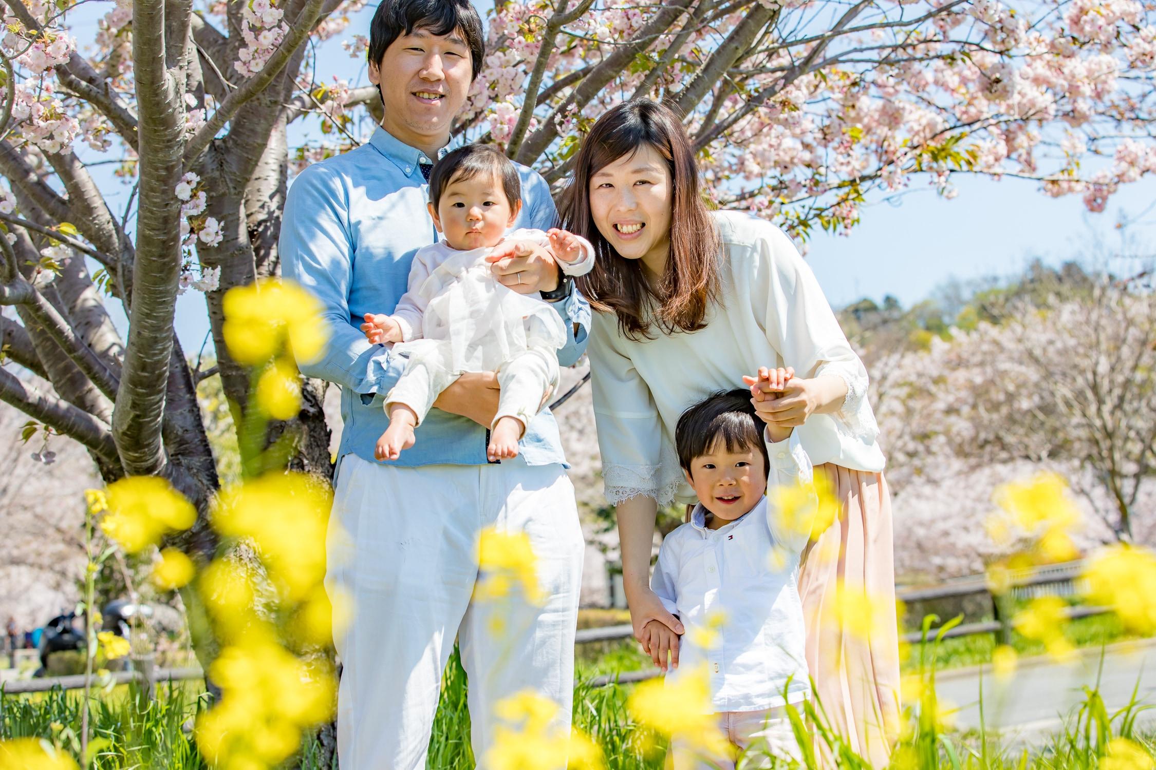 カジュアル家族写真撮影