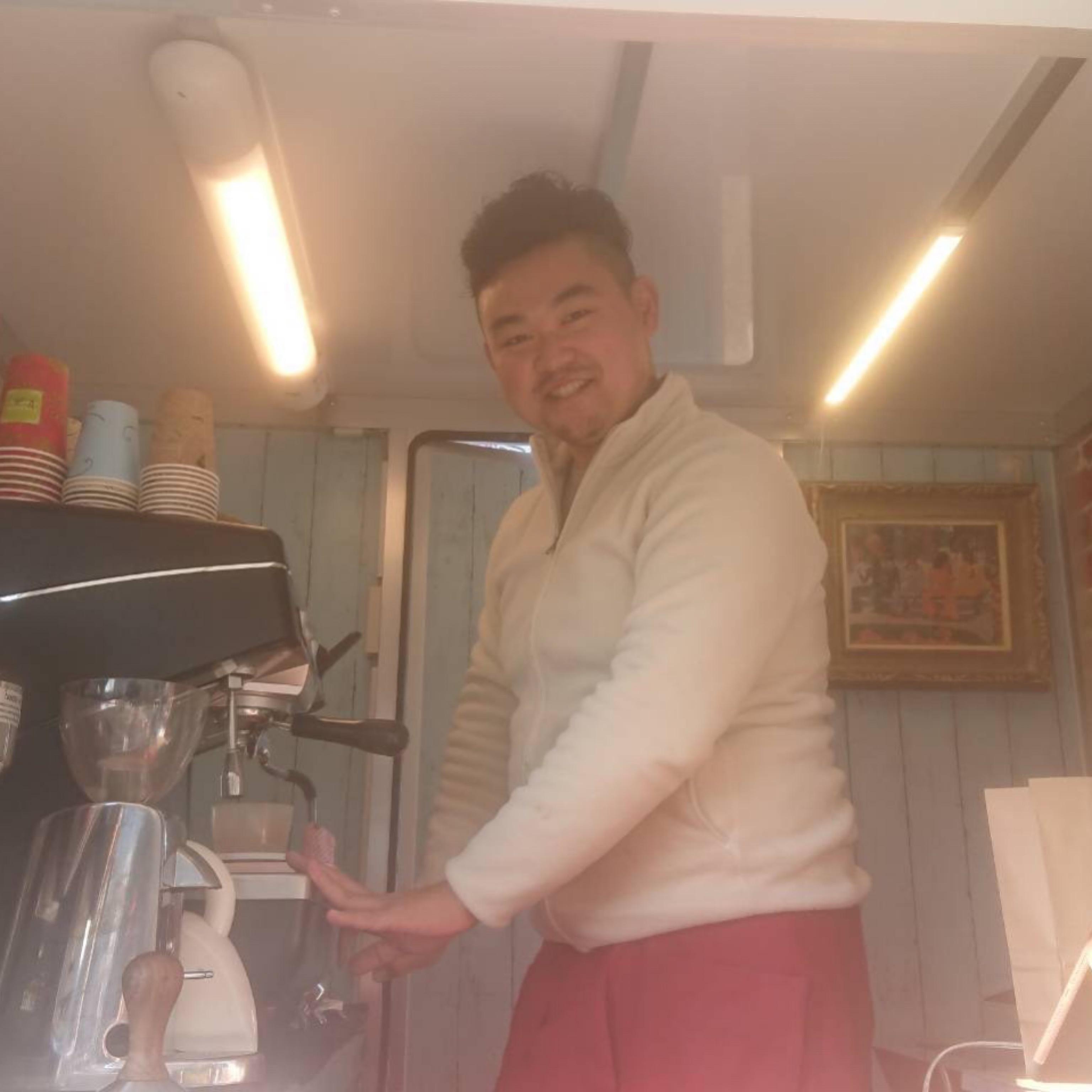 ハタコーヒースタンド|オーナー|キッチンカー|移動販売|ケータリング